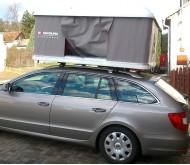 Autostan spací nástavba na střechu automobilu Maggiolina  AIRLANDER SMALL 2 - šedá nebo modrá tkanina